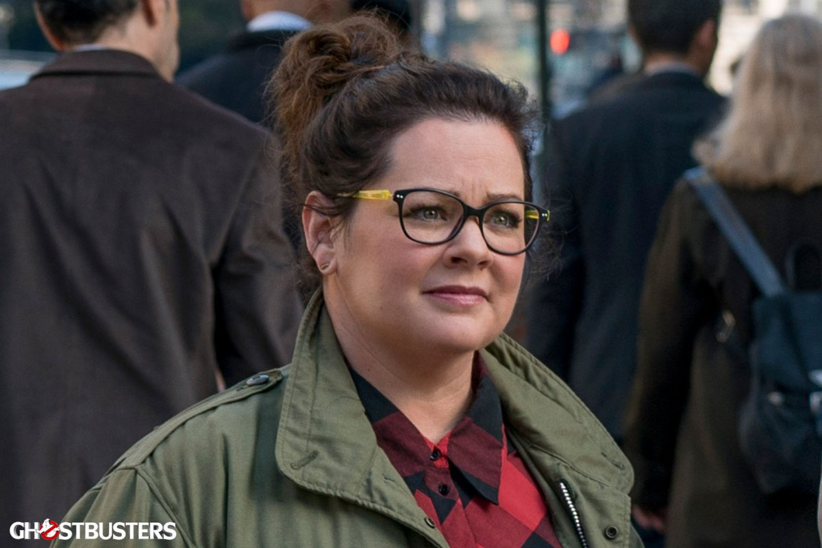 abby-yates-melissa-mccarthy-is-described-as-a-paranormal-researcher-supernatural-scientist-and-entity-trapper